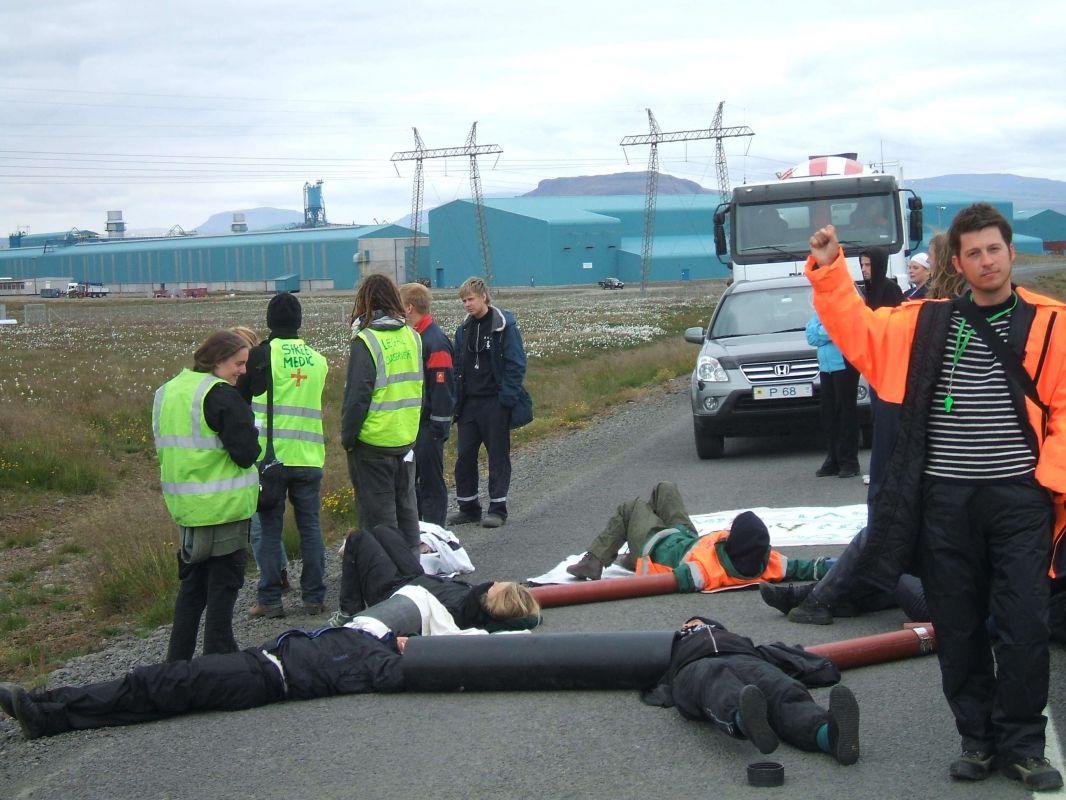 Century blockade 2007