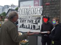 Informing tourists