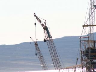 Crane Action at the Alcoa construction site