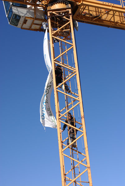 Putting the banner on the crane