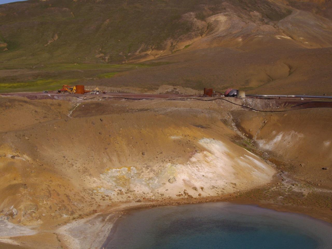 Drilling on the Viti crater edge