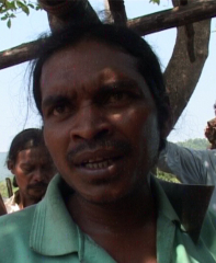 Lodo Sikaka speaks at the end of the padayatra