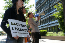 Action against Alcoa Geneve